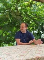 Aleksandr, 31, Ukraine, Makiyivka