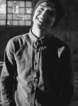 Kamil, 18  , Khirdalan