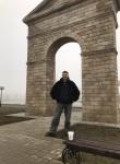 Roman, 57  , Tashkent