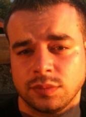 Ezio, 30, France, Villeurbanne