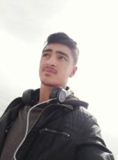 Ahmet, 19, Turkey, Istanbul
