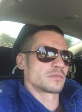 Vitaliy, 40, Russia, Kholmskiy