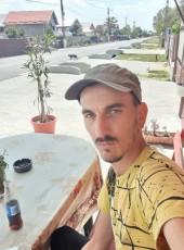 Laurentiu , 18, Romania, Sibiu