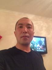 Ruslan Segizbaev, 38, Kazakhstan, Astana