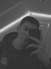 Florian, 18, Germany, Heidenheim an der Brenz