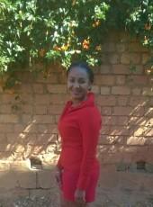 Julie, 27, Madagascar, Antananarivo