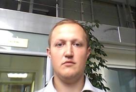 Mikhail, 42 - Just Me