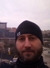 Valentin, 35, Russia, Aksay