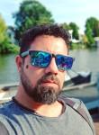 waterman, 35  , Ouderkerk aan de Amstel