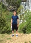 Glori, 25  , Tirana