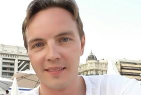 Dmitri, 39 - Just Me