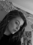 Lucy, 19  , Wokingham