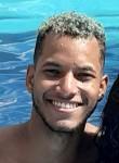 Mateus, 20, Anapolis
