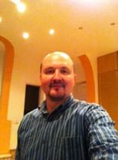 Alex, 32, Ukraine, Kiev