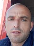 Besim, 32  , Podgorica