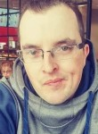 Pierre, 35  , Edmundston