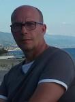 Gianni, 18  , Cosenza