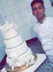 Ayoub, 22, Fes