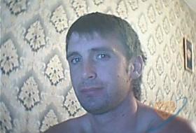 sasha, 43 - Just Me