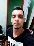 Talis, 25  , Coxim