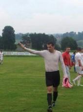 muhamed, 30, Bosnia and Herzegovina, Tuzla