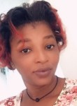 Suze , 30  , Port-au-Prince