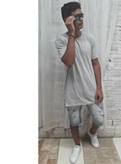 Matheus, 21, Brazil, Itajai
