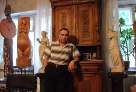 artur, 53 - Just Me