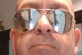 Manuel, 50 - Just Me