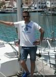 Hassen, 44  , Nabeul