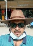 Aks, 35  , Kanpur