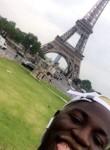 Simba, 22  , Paris