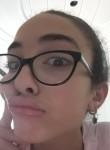 Nour, 20  , Manouba