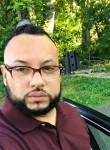 Carlos, 34, Hampton