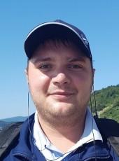 Maksim, 31, Russia, Vladivostok