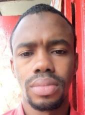 Abdoul Karim, 18, Gabon, Libreville