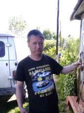 Aleksey, 42, Russia, Velsk