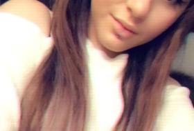 Darya , 19 - Just Me