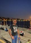 Arda, 40  , Istanbul