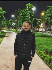Bariş Çolak, 33, Turkey, Istanbul