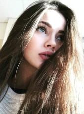 Ksyusha, 21, Russia, Saint Petersburg