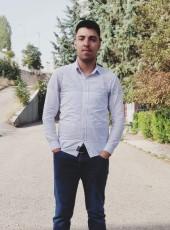Mert, 18, Turkey, Ankara