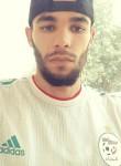 Nasro, 26  , Boukadir