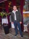 Saleh, 38  , Baku
