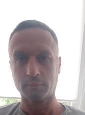 Evgeniy, 45, Belarus, Valozhyn
