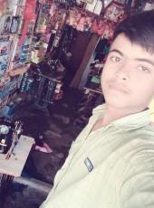 Aftab, 25, India, Lucknow