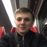 Kirill zhivets , 26  , Komsomolske