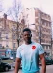 Otoshi, 19  , Saint-Etienne