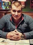 Roman, 31  , Aksay