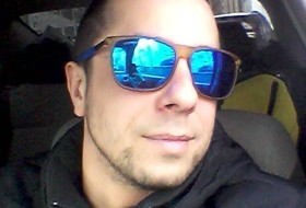 Gad, 35 - Just Me